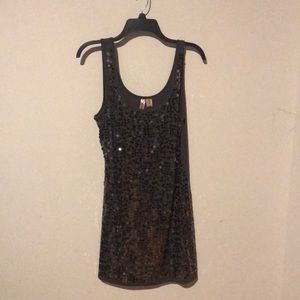 Eyeshadow tank top